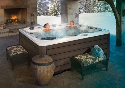 Legend-Series-Hot-Tubs-premium-features-standard