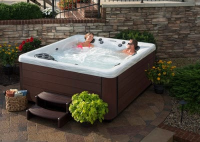 best-hot-tubs-available-for-your-backyard